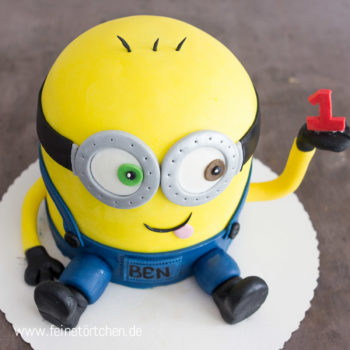 3D Minion Torte Mademoiselle Cupcake Magdeburg