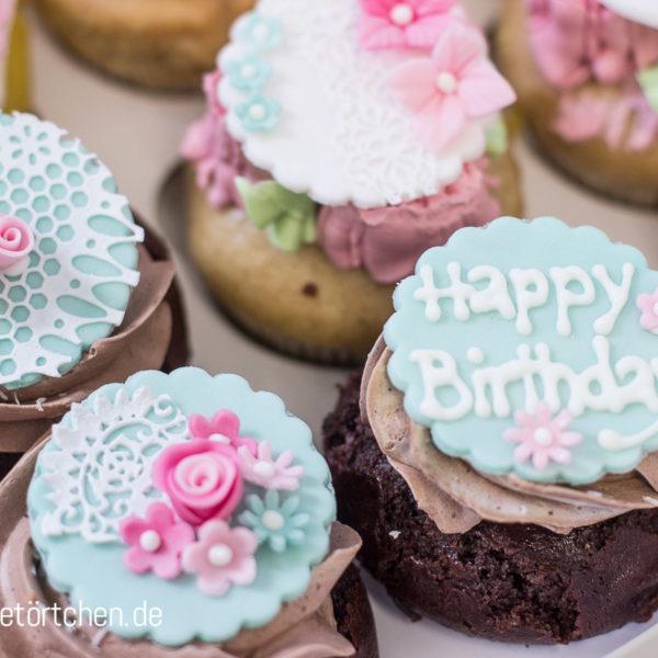 Cupcake Dekoration Vintage Birthday Geburtstag Mademoiselle Cupcake